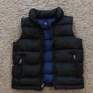 Boy's puffy vest
